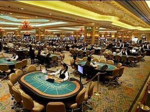 Macau officials will limit table growth - Casino news