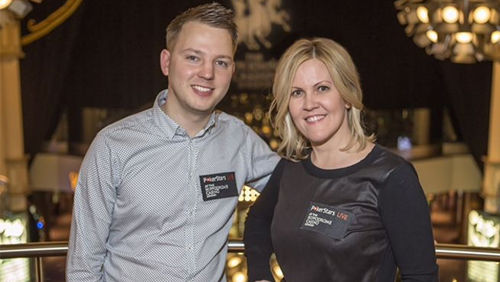 Hippodrome Casino Forms Pro Team; Signs Kelly Saxby and Chris Gordon