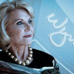 Wynns' War of Roses continues: Elaine Wynn wants Wynn Resorts exec to explain her board ouster