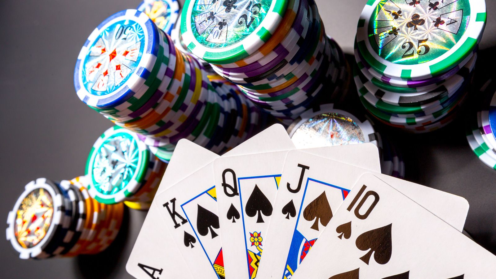 Calling The Clock: Obst leads WSOP POY; 888Poker shot clock excitement