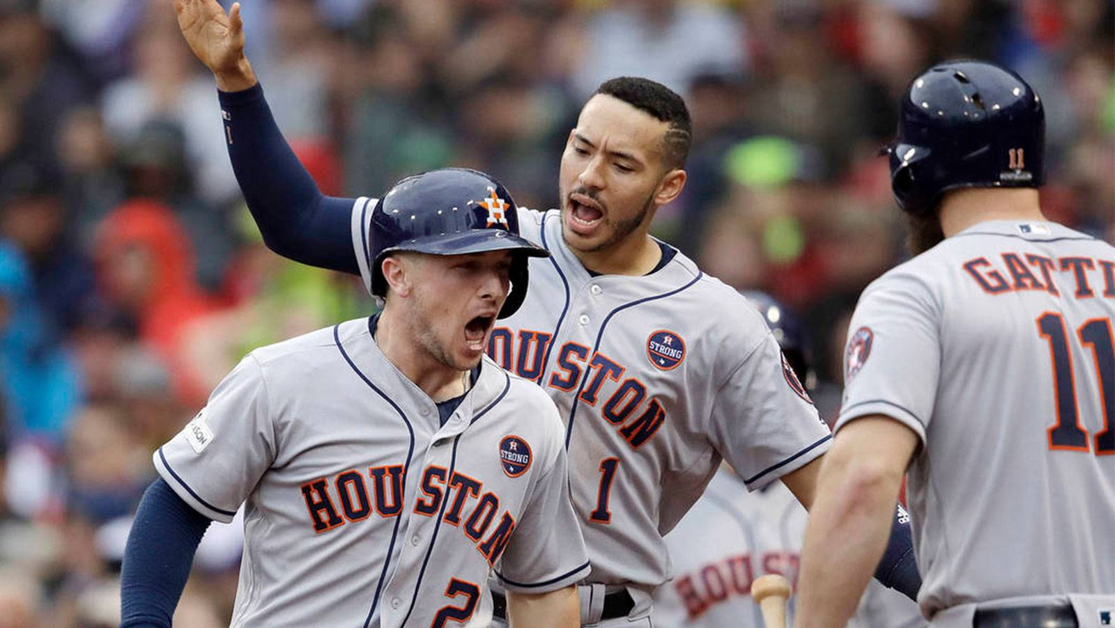 Astros listed as small favorites to repeat as World Series Champs