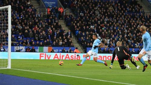 EPL Review Wk 12: Man City extend unbeaten run to 16 games