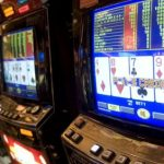 Tasmanian liberals vow to protect pokies, not monopoly