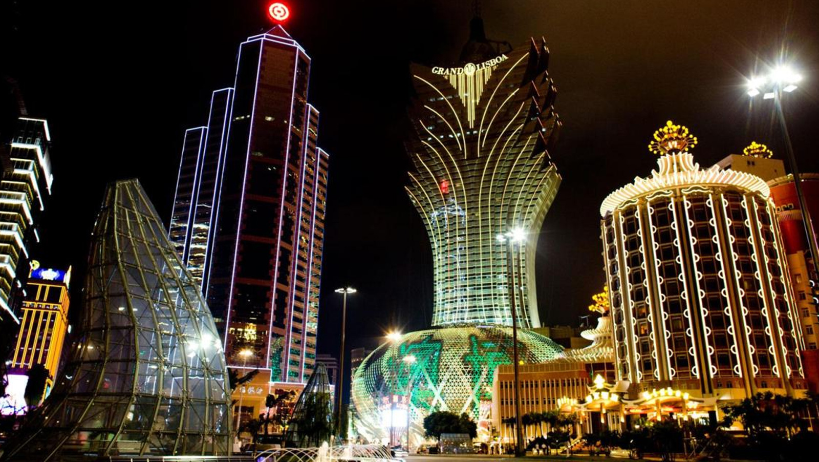 The bull and bear cases for Macau as we near all-time highs
