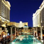 Caesars Entertainment net loss down to $375M in 2017