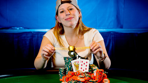 Loni Harwood wins WSOP Las Vegas high-roller tourney