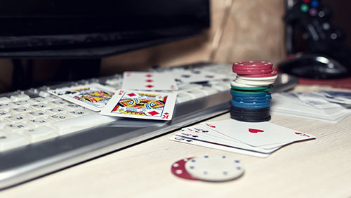 The Resistance: an online poker story