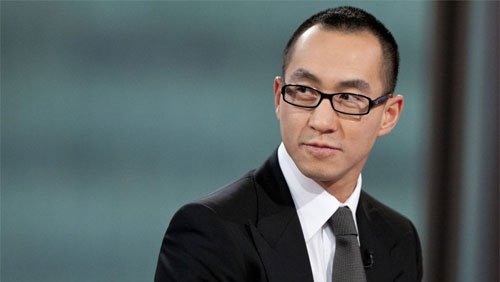 Ho gambles Melco's fate in Japan at Russian venture's expense