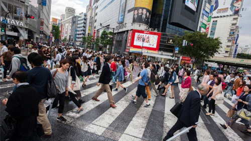 Japan residents take casino crash course ahead of IR opening
