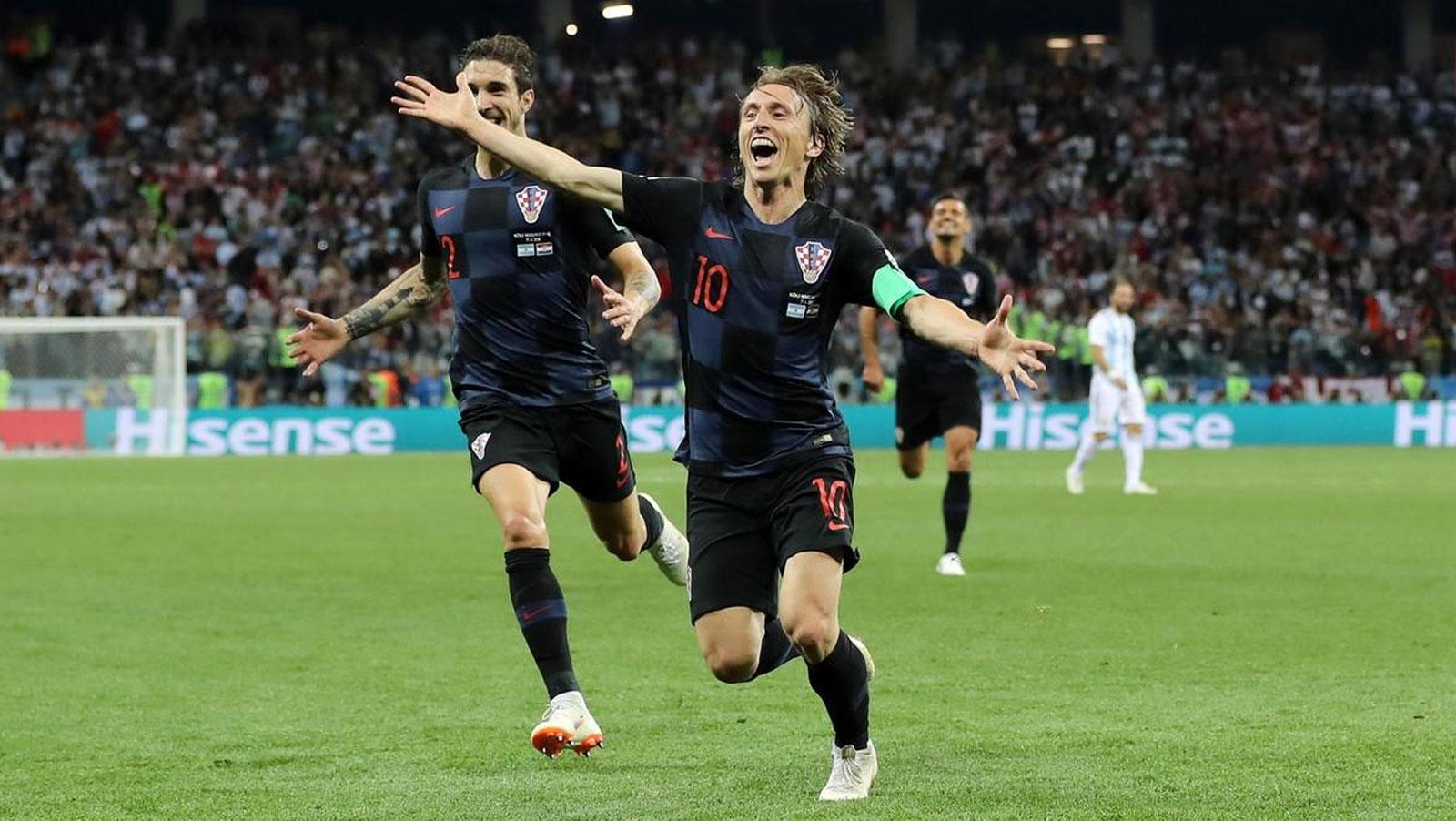 World Cup Round-Up: Croatia humble Argentina; France put down Peru