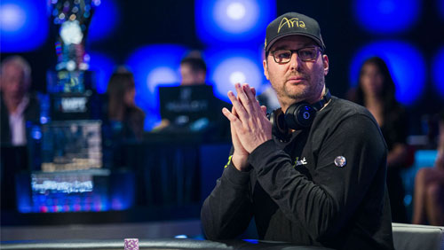 Phil Hellmuth proves why he's the Poker Brat during the WSOP