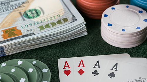 Deal 'em: Poker clubs in Houston drawing mixed reactions