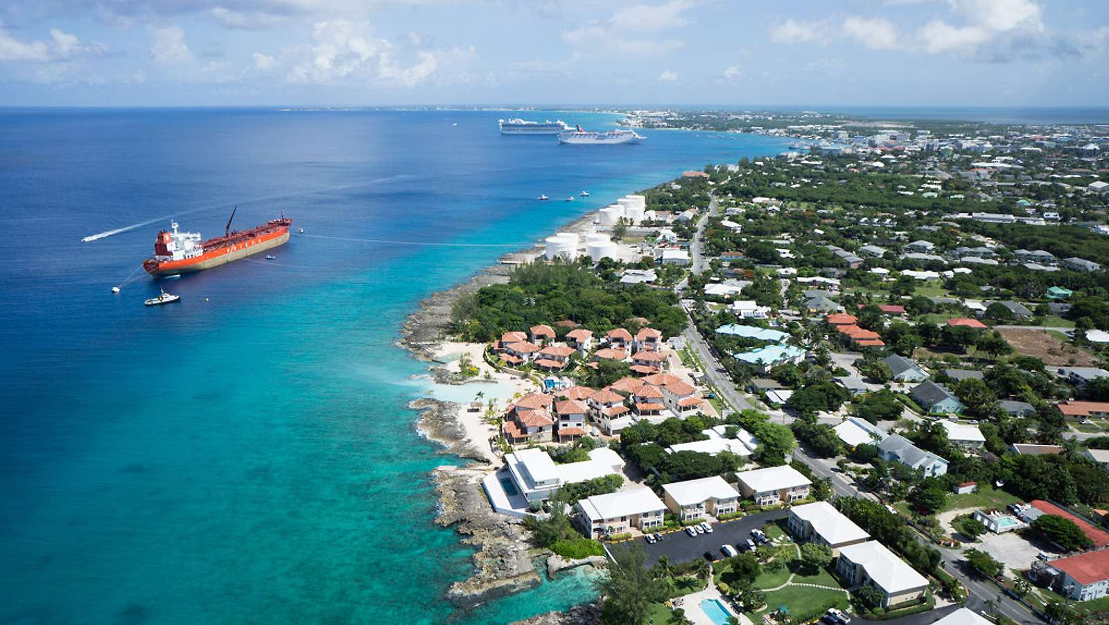 Cayman Islands look to clean up image, stop illegal gambling